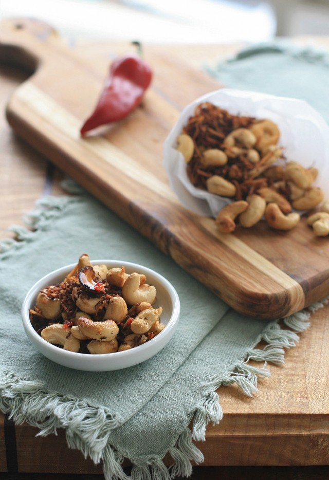 Spicy Thai Cashews